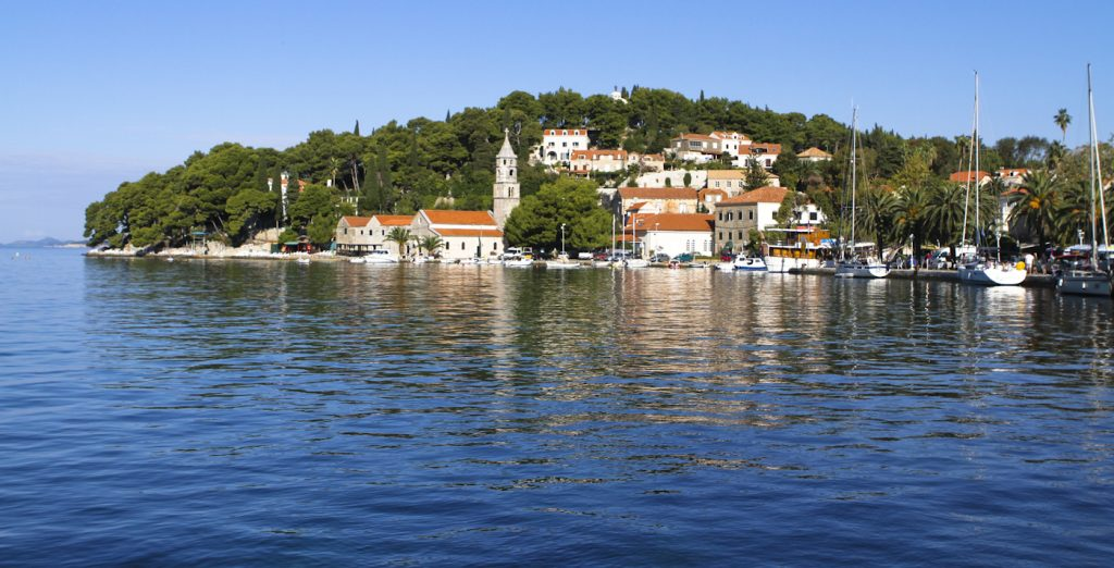 This image has an empty alt attribute; its file name is Cavtat-Croatia-2012-3-1024x522.jpg