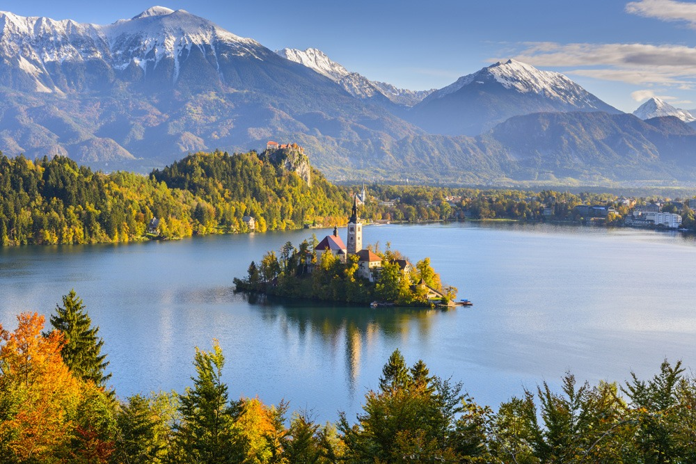 This image has an empty alt attribute; its file name is Slovenia-Bled-Lake-Custom-Travel-Plans-Adventures-Croatia.jpg