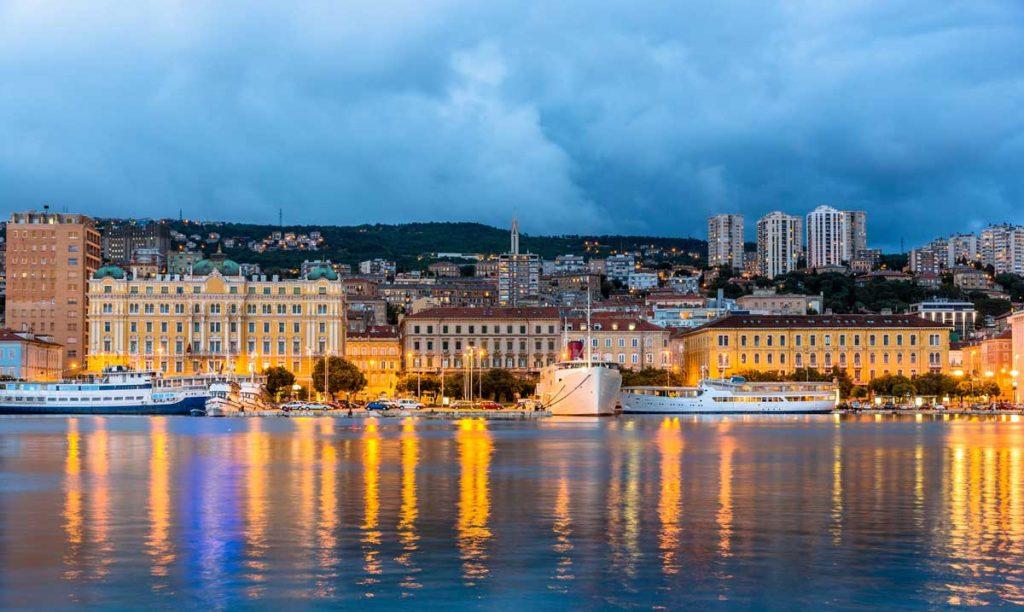 This image has an empty alt attribute; its file name is Rijeka-Gulf-of-Kvarner-Adventures-Croatia-1024x612.jpg