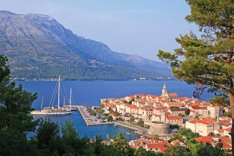 This image has an empty alt attribute; its file name is Korcula-Adventures-Croatia-Island-Hopping.jpg