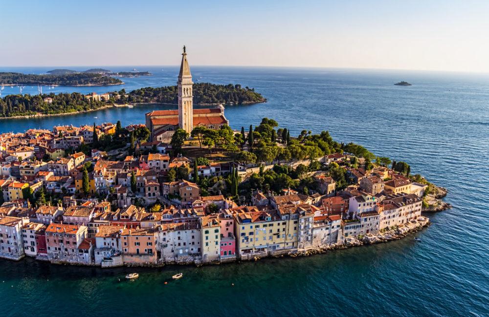 This image has an empty alt attribute; its file name is Rovinj-Northern-Croatia-Adventures-Croatia-Custom-Travel-Packages-1-e1549540543163.jpg